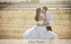 boda en un trigal, boda en el campo, boda campestre, boda silvestre, wedding, bodas Murcia, postboda original, bodas sin posados, fotógrafos de bodas, Silvia Ferrer. www.silviaferrer.com