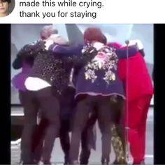 I m sobbing Credit to the owner I am Bts Taehyung, Bts Bangtan Boy, Kpop, Shop Bts, K Pop Wallpaper, Bts Theory, Bts Funny Videos, Bts Tweet, Bts Video