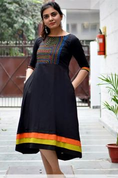 Kurti Neck Designs, Salwar Designs, Blouse Designs, Saree Painting Designs, Chitenge Dresses, Frocks And Gowns, One Piece Clothing, Western Dresses, Dress Cuts