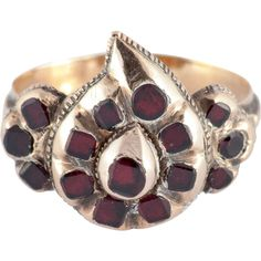 Pre-owned Antique Spanish Garnet Gold Heart Ring ($2,745) ❤ liked on Polyvore featuring jewelry, rings, more rings, gold rings, gold jewelry, 18k gold ring, 18 karat gold ring and antique rings