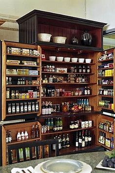 AWESOMENESS    Wonderful Pantries Design Ideas and Photos - Zillow Digs