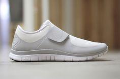 Nike-Free-Socfly-White