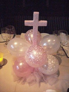 centro-de-mesa-de-globos-primera-comunion