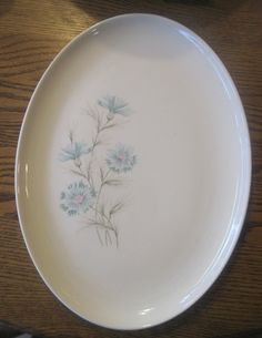 taylor smith taylor boutonniere platter. $14.95