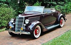 1935 Ford Deluxe Roadster Convertible Maintenance/restoration of old/vintage vehicles: the material for new cogs/casters/gears/pads could be cast polyamide which I (Cast polyamide) can produce. My contact: tatjana.alic@windowslive.com
