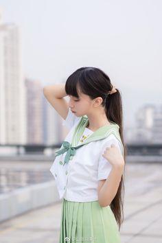 model:山田羽落子
