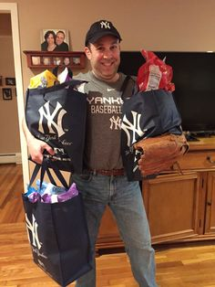 When it Comes to the Yankees, I'm a Total Fanatic #CleverGirls #MLBFanatics +Fanatics