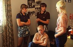 Fred Perry being worn by actress Vicky McClure in the iconic film This Is England Chica Skinhead, Skinhead Girl, Skinhead Fashion, Skinhead Style, Skinhead Reggae, Cut Up Shirts, Cheer Shirts, Party Shirts, Hair