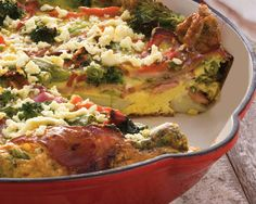 What a great recipe to use leftover potato and turn it into a healthy meal with yummy vegetables and chicken bacon. If you don't have feta, sprinkle a little grated cheese on top just before it's f. Smoked Chicken, Chicken Bacon, Chicken Recipes, Healthy Gluten Free Recipes, Vegetarian Recipes, Cooking Recipes, Healthy Food, Curry Ketchup Recipe, Food In A Minute