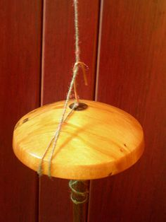 spin on a notchless spindle without the yarn sliding around!