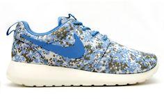 "Nike WMNS Roshe Run ""Camo"""