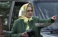 Queen Elizabeth II In Headscarf And Casual Clothes With Leica Camera Watching Her Husband Taking Part In The International Driving Grand Prix At The Royal Windsor Horse Show. Get premium, high resolution news photos at Getty Images Queen Elizabeth Laughing, Queen Elizabeth Ii, Outfits With Hats, Casual Outfits, Casual Attire, Casual Clothes, Royal Tiaras, Prince Phillip, Princess Margaret