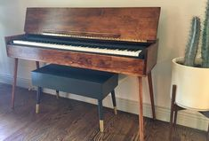 Your place to buy and sell all things handmade Piano Table, Piano Desk, Electric Keyboard, Electric Piano, Digital Piano Keyboard, Keyboard Piano, Livibg Room, Piano Room Decor, Aspen Wood