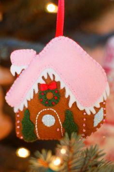 Free Felt Gingerbread House Ornament Pattern