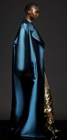 Golden Glitter, Capsule Outfits, Royal Navy, Dior, Street Wear, Fall Winter, Runway, Couture, Chic