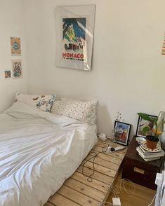 Room Ideas Bedroom, Bedroom Decor, Bedroom Signs, Uni Room, Minimalist Room, Aesthetic Room Decor, Dream Rooms, Cool Rooms, My New Room