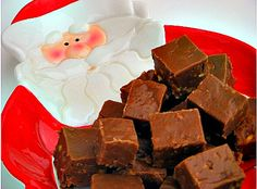 No Fail Peanut Butter Cocoa Fudge + other Holiday Treats and Sweets Chocolate Bomb, Chocolate Peanut Butter Fudge, Peanut Butter Bars, Fudge Recipes, Candy Recipes, Dessert Recipes, Nut Recipes, Dessert Ideas, Baking Recipes