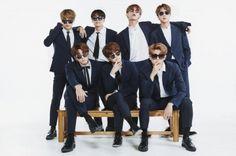 Bộ ảnh gia đình BTS kỷ niệm 4 năm debut
