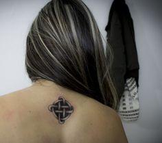 tattoo nudo celta