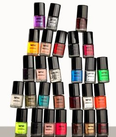 Statue of Nail polishes... muah!