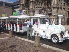Le Petit Train de Tours qui vous amène visiter :)