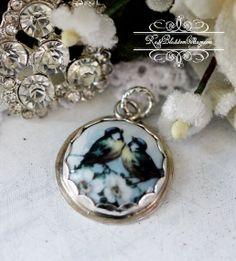 Broken China Jewelry Lovebirds Charm or Pendant Bird Jewelry, Charm Jewelry, Vintage Jewelry, Handmade Jewelry, Broken Glass Art, Broken China Jewelry, Gemstone Rings, Jewelry Making, Charmed
