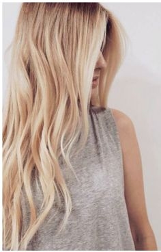 Hair Color Trends 2018 – Highlights buttery blonde More Discovred by : Brooke Albers Blonde Layered Hair, Blonde Layers, Cream Blonde Hair, Butter Blonde Hair, Long Blond Hair, Long Hair Trim, Beachy Hair, Cool Hair Color, Pretty Hairstyles