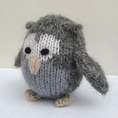 How to make eyes for knitted and crocheted toys.
