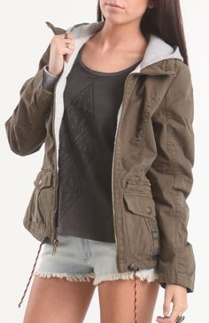 I've been looking for a jacket like this since forever!! #gottahaveit #twoferone