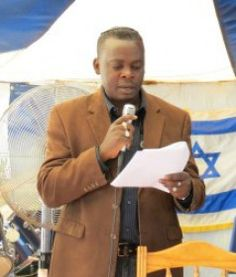 Beth Hallel Messianic Synagogue in Roswell, Georgia will welcome Rabbi Alex Yalenga from Zambia on Friday, April 24 beginning at 8 p.m. and on Saturday, April 25 beginning at 11 a.m.  http://www.messianictimes.com/daily-news-1/3158-alex-yalenga-shares-at-beth-hallel
