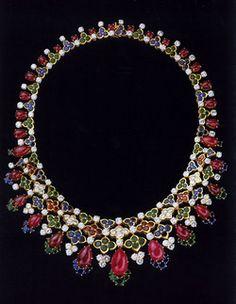 Mauboussin necklace