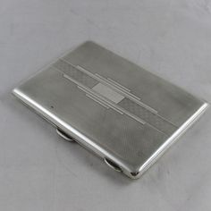 VINTAGE ART DECO SOLID SILVER ENGINE TURNED CIGARETTE CASE FREDERICK FIELD 172 g
