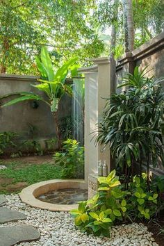 Outdoor Bathrooms 824158800545405465 - Dreamy outdoor shower in Bali. Outdoor Baths, Outdoor Bathrooms, Indoor Outdoor, Outdoor Decor, Outdoor Kitchens, Design Jardin, Garden Design, Enjoy Summer, Summer Vibes