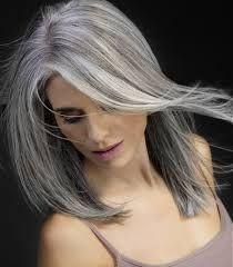Risultati immagini per capelli bianchi lunghi