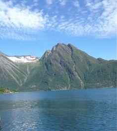 Utsikt fra Sæbø fergekai - Norway By IJ 14.6.14