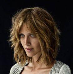 Haircuts For Medium Hair, Short Hair Cuts, Medium Hair Styles, Curly Hair Styles, Wavy Hair, Blonde Hair, Brown Hair Green Eyes, Medium Layered Hair, Hair Brained
