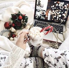 Christmas Aesthetic – Xmas Wallpapers for iPhone - Christmas 2020 Ideas Christmas Time Is Here, Christmas Mood, Noel Christmas, Merry Little Christmas, All Things Christmas, Xmas, Christmas Morning, Christmas Lights, Christmas Movies