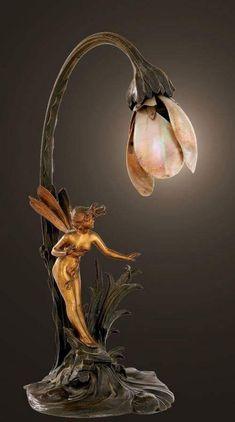 Art Nouveau ~ gilded and patinated bronze lamp with mother-of-pearl shade, Franc. - Art Nouveau ~ gilded and patinated bronze lamp with mother-of-pearl shade, Franc… – Antique Lamps, Vintage Lamps, Vintage Art, Vintage Clocks, Antique Art, Muebles Estilo Art Nouveau, Design Art Nouveau, Lampe Art Deco, Art Deco Art