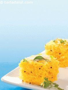 Khaman Dhokla ( Non- Fried Snacks ) recipe   Indian Non Fried Recipes, Farsan Recipes   by Tarla Dalal   Tarladalal.com   #33269