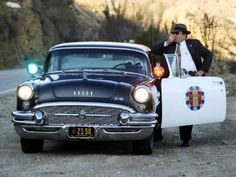 Blues toulavého šoféra / Mirek Hoffman. - YouTube California Highway Patrol, Rescue Vehicles, Police Vehicles, Classic Cars Usa, Old Police Cars, Cops Humor, Police Patrol, Police Life, Buick Century
