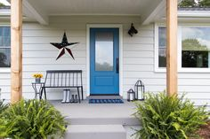 This unique garage doors hardware is an extremely inspirational and top notch idea Unique Garage Doors, Garage Door Design, Bright Front Doors, Front Door Colors, Outdoor Sun Shade, Patio Shade, Woven Wood Shades, Window Treatments Living Room, Solar Shades