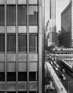 Mies van der Rohe  Seagram Building, New York 1954-1958  Photo Ezra Stoller