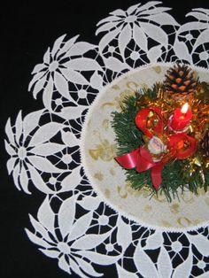 Advanced Embroidery Designs - FSL Battenberg Poinsettia Lace Doily.