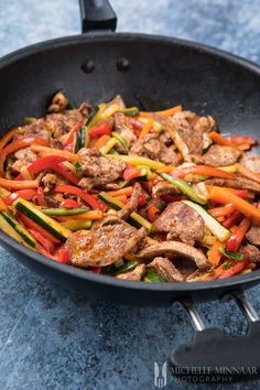 Sweet Chilli Chicken Stir Fry - a humble stir fry recipe with Chinese 5 spice Make this sweet chilli chicken stir fry recipe for dinner tonight. You'll need ingredients like sweet chilli sauce, courgette, red bell peppers and carrots. Chilli Chicken Stir Fry, Sweet Chili Chicken, Pork Stir Fry, Sweet Chilli Sauce, Venison Chili Recipe, Vegetable Recipes, Chicken Recipes, Vegetable Dish, Stir Fry With Egg