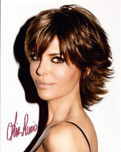Short feathered haircuts for thick hair haircut ideas tv star lisa rinna autograph hand signed 8x10 photo tntcollectibles urmus Image collections