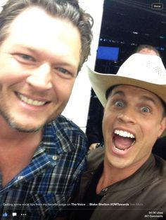 Dustin and Blake Shelton Country Musicians, Country Music Artists, Country Music Stars, Country Singers, Hot Country Men, Cute Country Boys, Country Strong, Music Awards 2014, Dustin Lynch