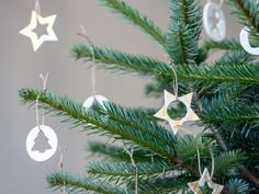 """DIY: Make Christmas ornaments from air-drying clay by Søstrene Grene. """"Cookie cutters may have more uses than one,"""" Anna says. In this DIY video she makes wonderful Christmas tree ornaments from air-drying clay, acrylic paint and string. Christmas Gift Decorations, Christmas Ornaments To Make, Christmas Cookies, Christmas Diy, Xmas, Diy Adornos, Polymer Clay Christmas, Christmas Hearts, Diy Gifts For Friends"""