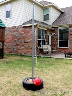 Wondering what to do with your empty backyard? Try these 8 DIY outdoor play…