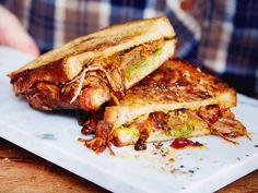 Unser beliebtes Rezept für Pulled Pork im Melted-Cheese-Sandwich und mehr als 55.000 weitere kostenlose Rezepte auf LECKER.de.