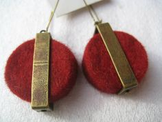 Paper Jewelry, Textile Jewelry, Wet Felting, Needle Felting, Felt Bracelet, Biscuit, Diy Jewelry Unique, Artisan Jewelry, Jewelery